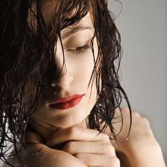 biomimetik-dr-kitzinger-hautpflege-anti-aging-kosmetik-small beauty
